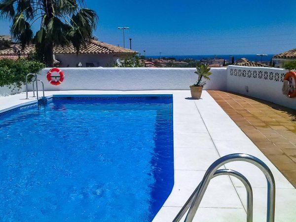 piscina completa malaga